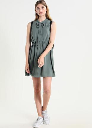 Красивое необычное платье от only