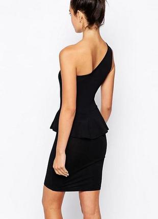 Маленькое черное платье с баской 38 евро s missguided
