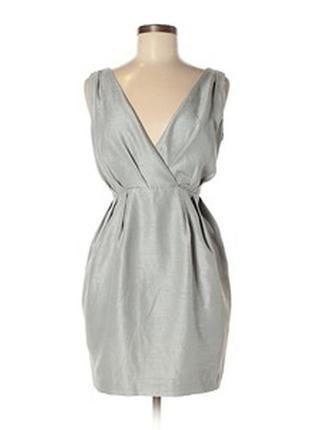 Платье серое с v вырезом zara