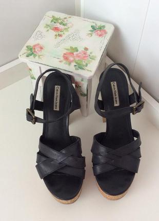 Черные оригинальные кожаные босоножки calvin klein