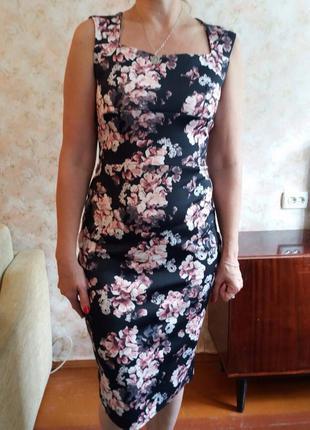 Платье - футляр миди