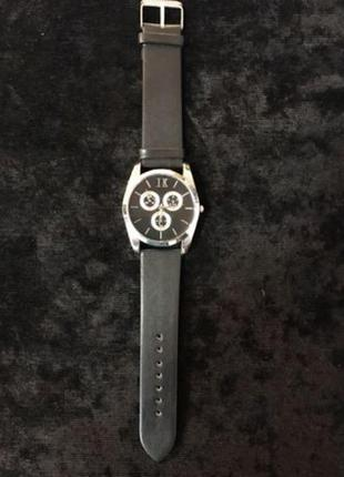 Новые наручные часы ik colouring