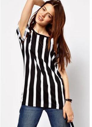 Актуальная футболка в продольную полоску и молнией на спинке /m-l