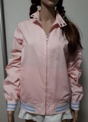 Классная розовая ветровка
