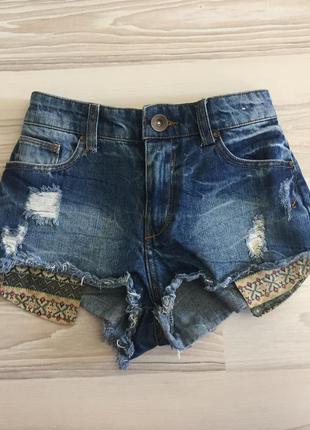 Рваные джинсовые шорты с завышенной талией джинсовы шорти з високою талією рвані