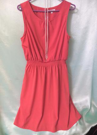 Базовое легкое коралловое платье. m/l   фирма new look