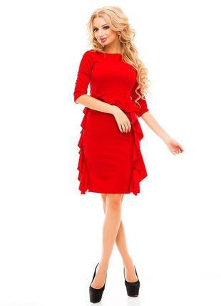 Сногсшибательное приталенное красное платье с воланами 46, 48р., elfberg