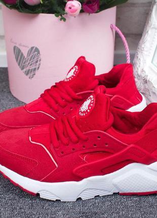 Кроссовки женские nike air huarachе красные