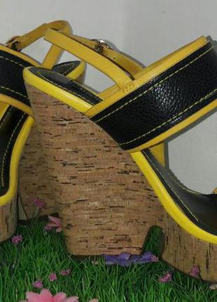 Суперские босоножки basconi