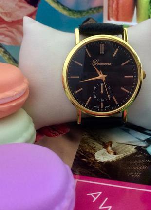 Женские часы с кожаным ремешком geneva vogue чёрные золотой корпус золотистый