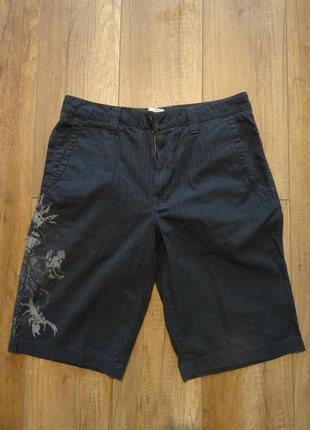 Классные оригинальные шорты marc ecko