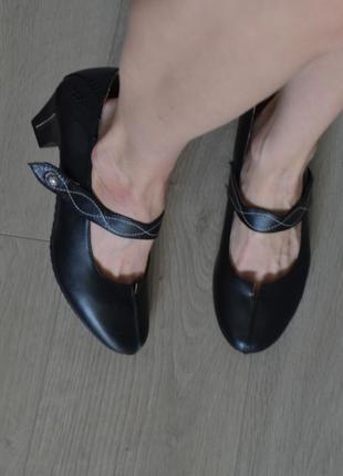 Очень удобные туфли/кожа внутри