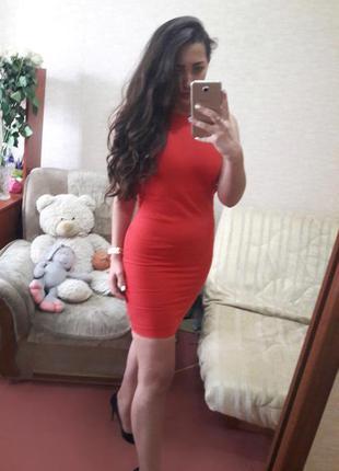 Офигенное красное платье zara с открытой спиной