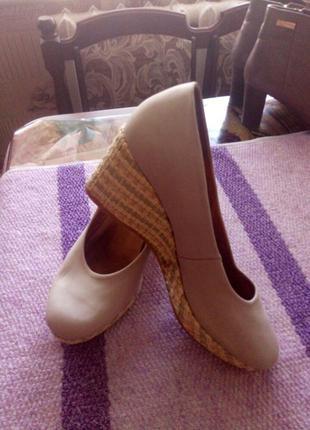 Фирменные туфли из натурального нубука