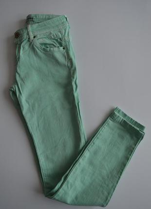 Бирюзовые скинни джинсы pull&bear
