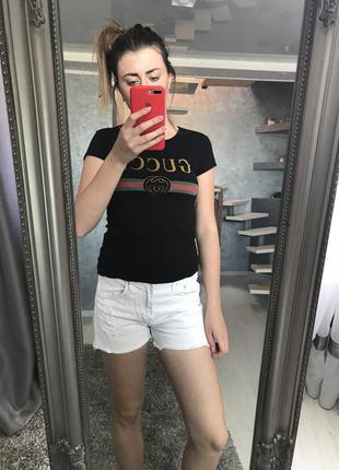 Білі джинсові шорти