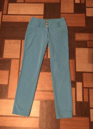 Летние голубые классические брюки размер s