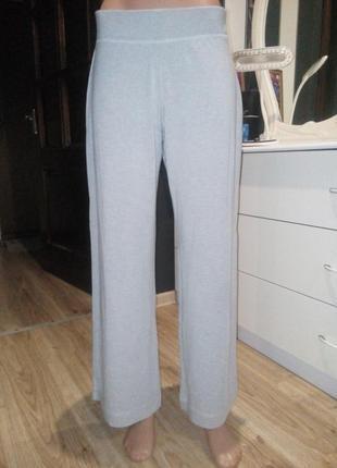 Укороченные спортивные штаны брюки в стиле кюлоты