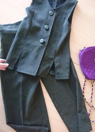 Школьный костюм 8-9 лет