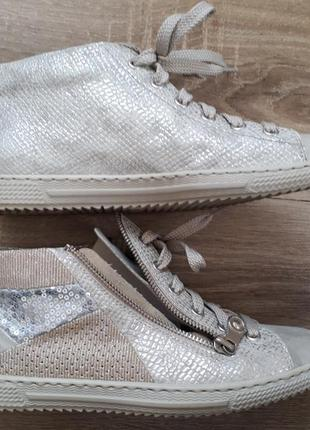 Модные сникеры кроссовки серебро паетки от rieker р.37