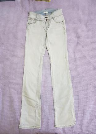 Светлые джинсы промод
