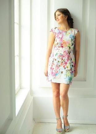 Супер яркое летнее платье