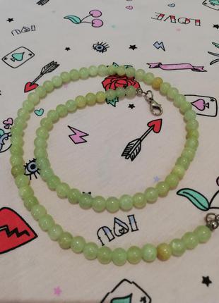 Ожерелье из натурального нефрита