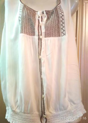 Красивая блуза с вышивкой 48-52р. vanilla
