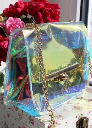 Прозрачная сумочка с цепочкой