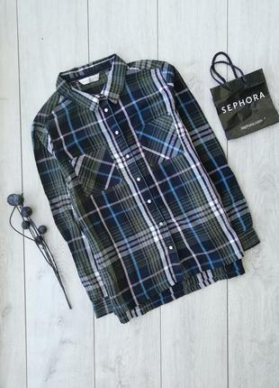 Очень красивая рубашка размер l