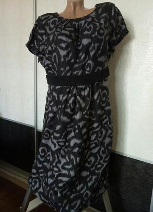 Платье вискоза boden.два размера.