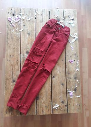 Крутые рваные джинсы zara