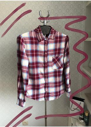 Фланелевая байковая рубашка в клетку с заклепками на воротнике