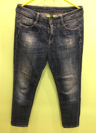 Классные джинсы бойфренды benetton