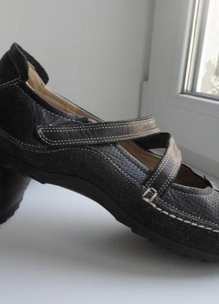 Фирменные,удобные туфли мокасины ecco