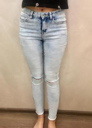 Круті світлі джинси