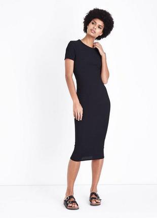 Стильное платье черное актуальное миди трендовое трикотаж