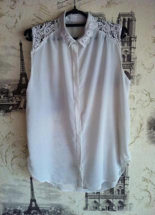 Шикарная блуза с кружевным воротником