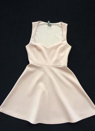 Шикарное платье с вырезом asos