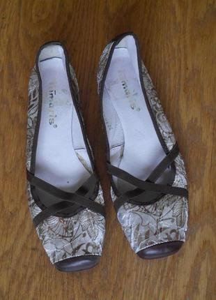 Туфлі сріблясті розмір 40 стелька 26,1 см tamaris