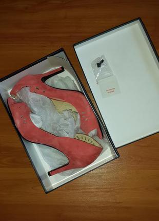 Туфли с открытым носком 40-41 размера