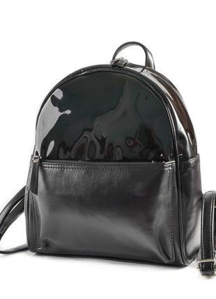 Черный женский рюкзак городской молодежный с лаковым верхом