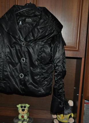 Черная курточка