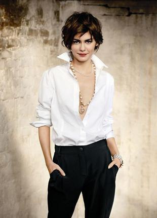 Классическая, базовая белая рубашка. новая, с биркой.