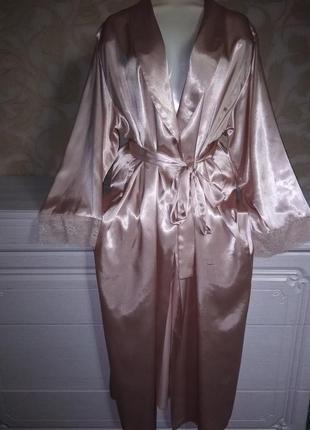 Шикарный халат с кружевом