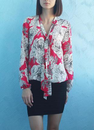 Блуза с цветами george
