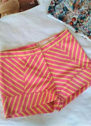 Оригинал! винтажные шорты versace