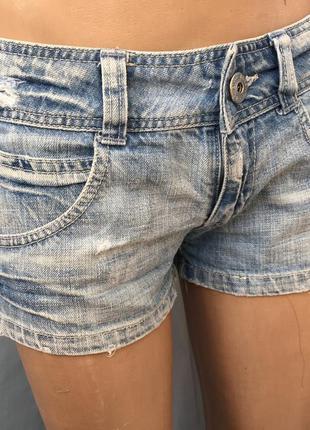 Джинсовые,короткие шорты