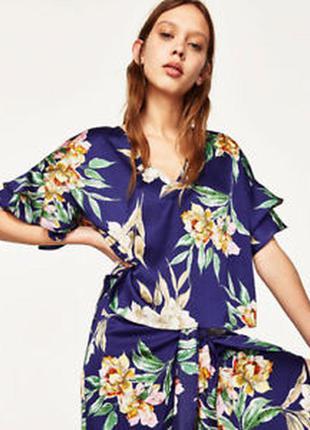 Красивая воздушная блуза с воланами принт цветы zara