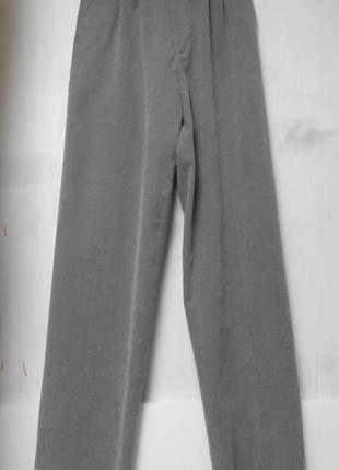 Startex. серые брюки размер м. из турции.